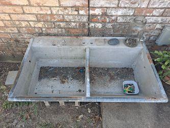 Antique Concrete Laundry Sink Thumbnail