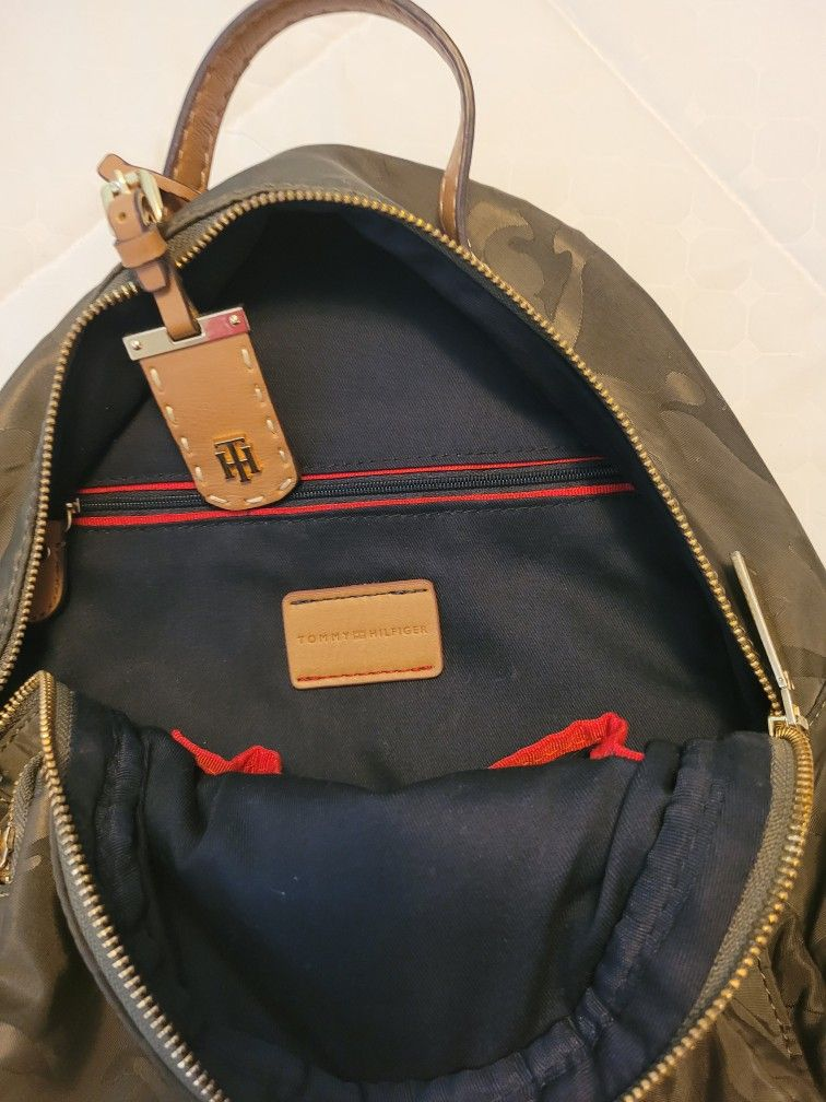 Green Tommy Backpack