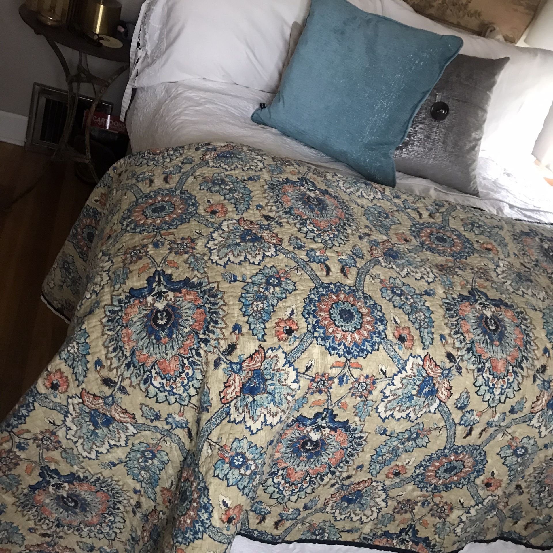 French Provential Quilted Coverlet/throw