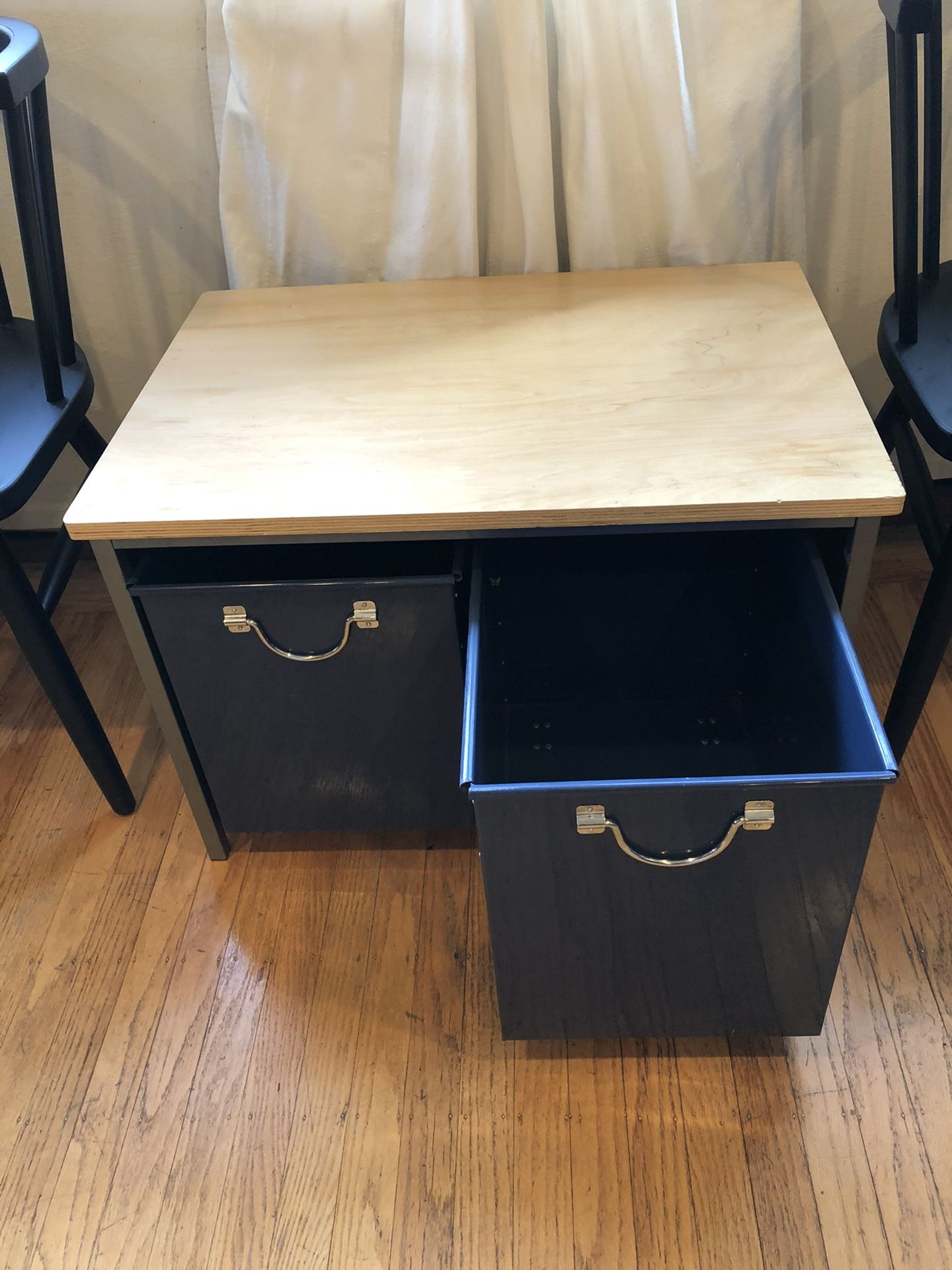 PBTeen inspired small table with 2 rolling storage bins