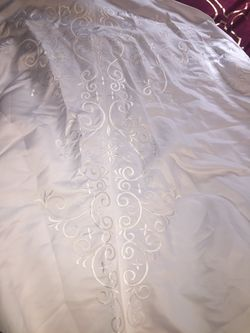 Strapless wedding dress new with tags still on it Thumbnail
