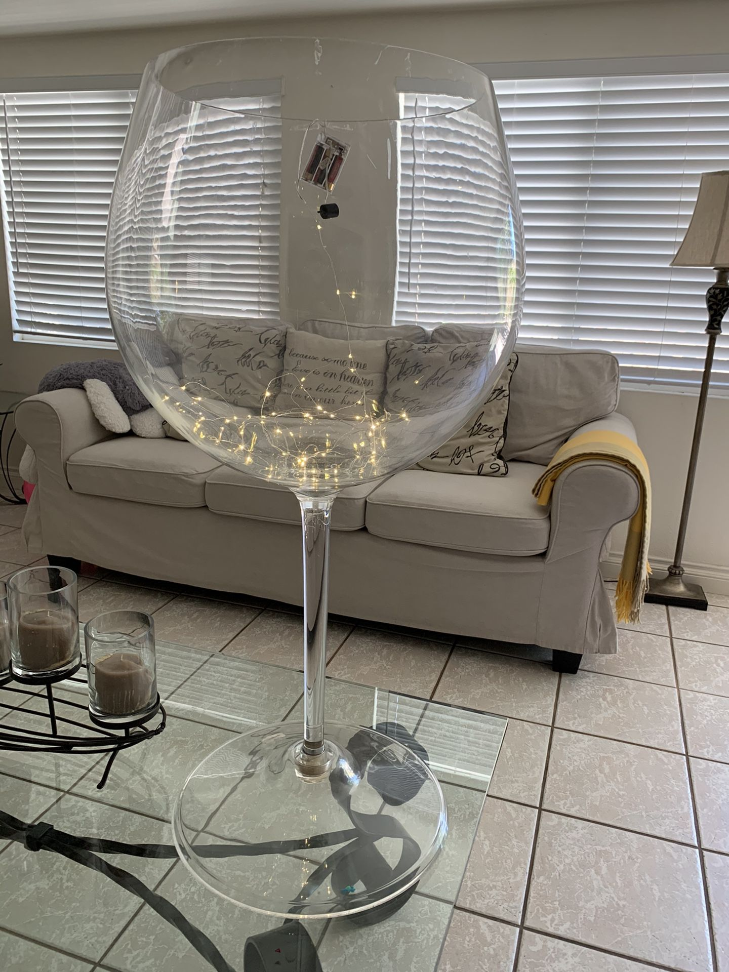 Big Red Wine Glass For Decoration & Chafing dishes
