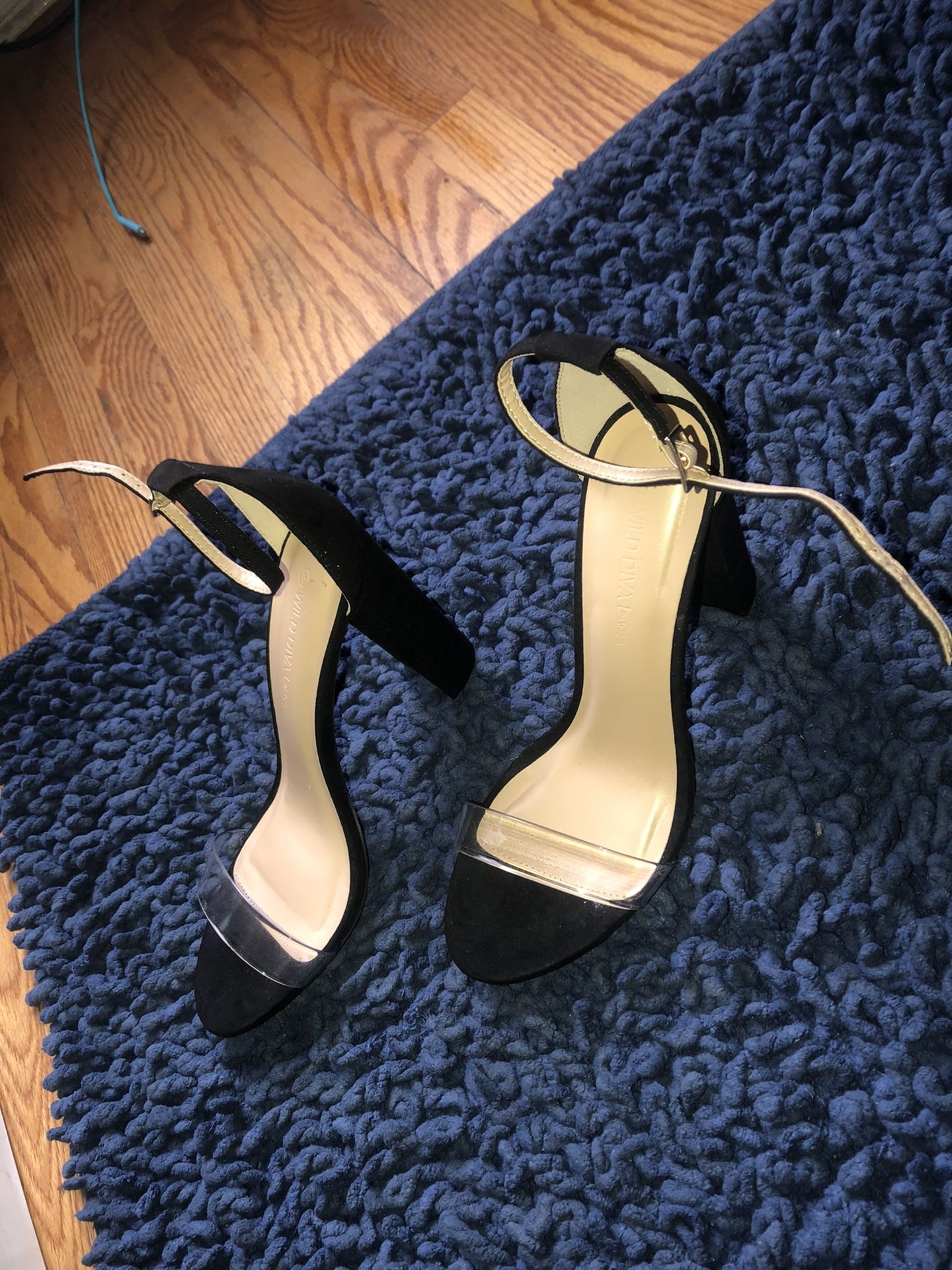 Black and transparent Heel