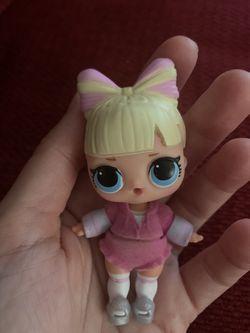 Huge lot of LOL Surprise Dolls Thumbnail