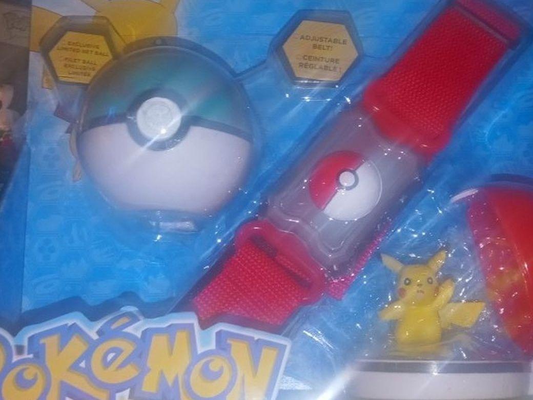 Pokemon Clip N Carry Poke Ball Belt Pikachu