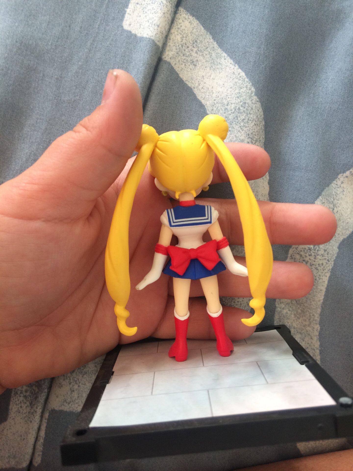 Sailor moon anime figure