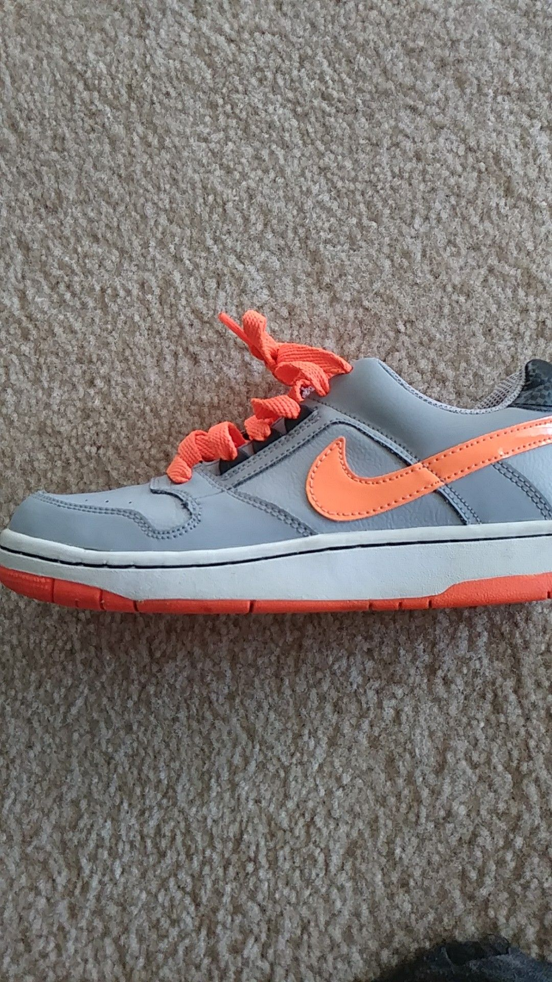 Nike size 4.5 boys