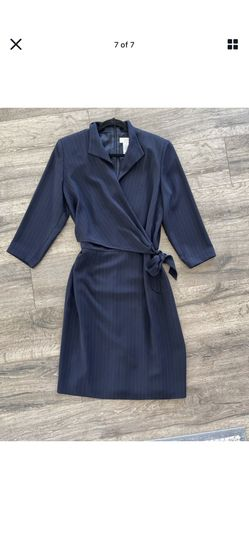 Liz Claiborne Wrap Dress: Navy Blue with Metallic Striping and Side Tie Size 12 Thumbnail