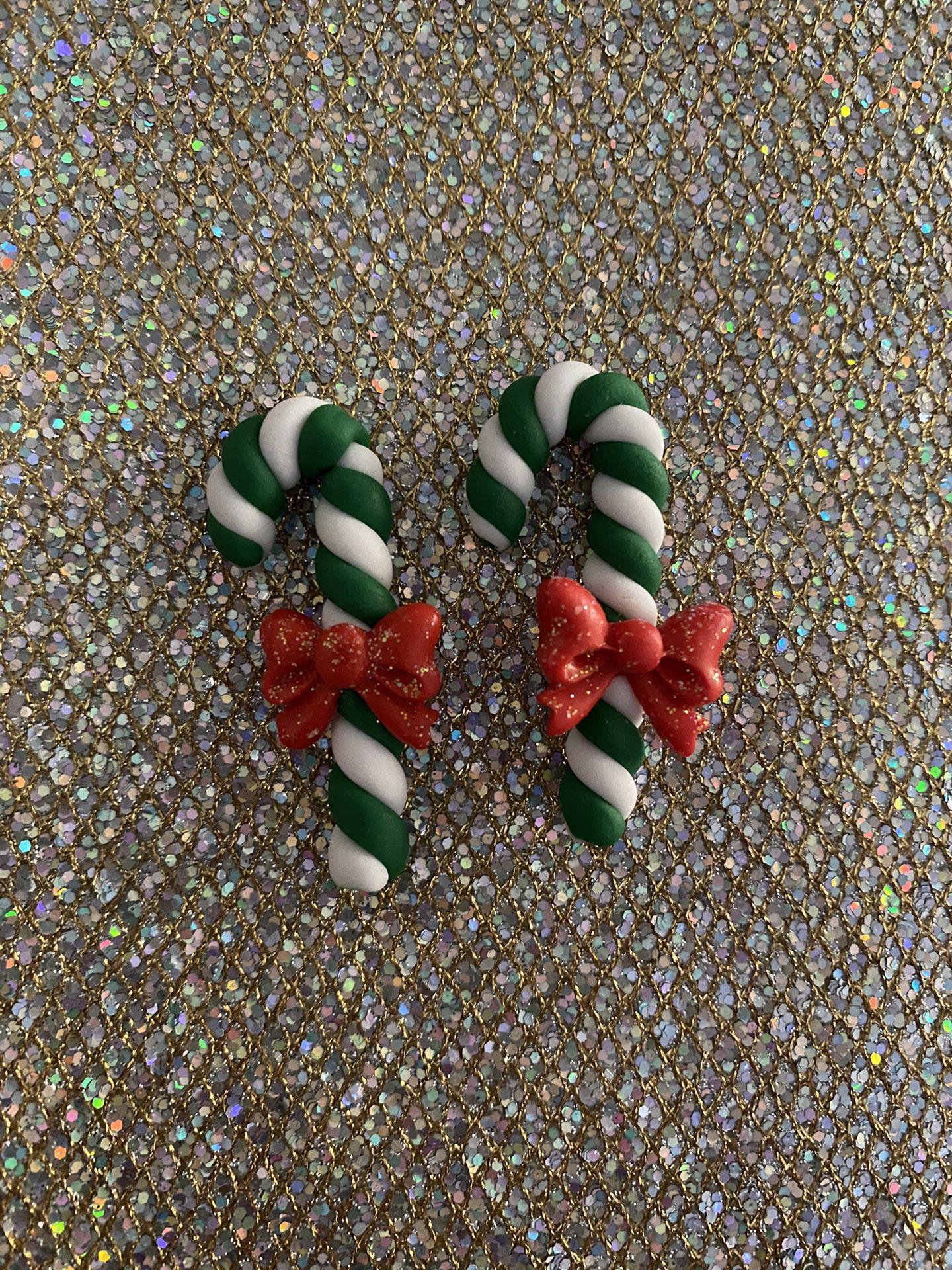 $2 each clay . Christmas clays.