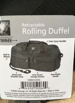 Retractable rolling duffel bag carry bag shoulder travel bag rolling bag with retractable handle zippered bag tote travel luggage light weight Thumbnail