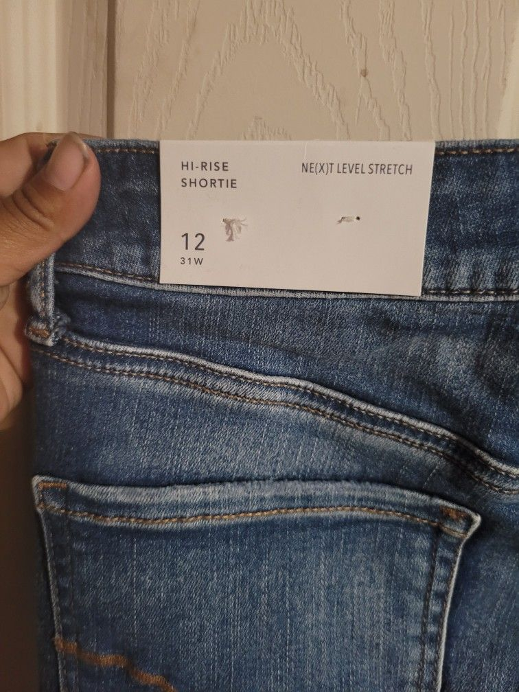 Women Shorts Size 12 American Eagle