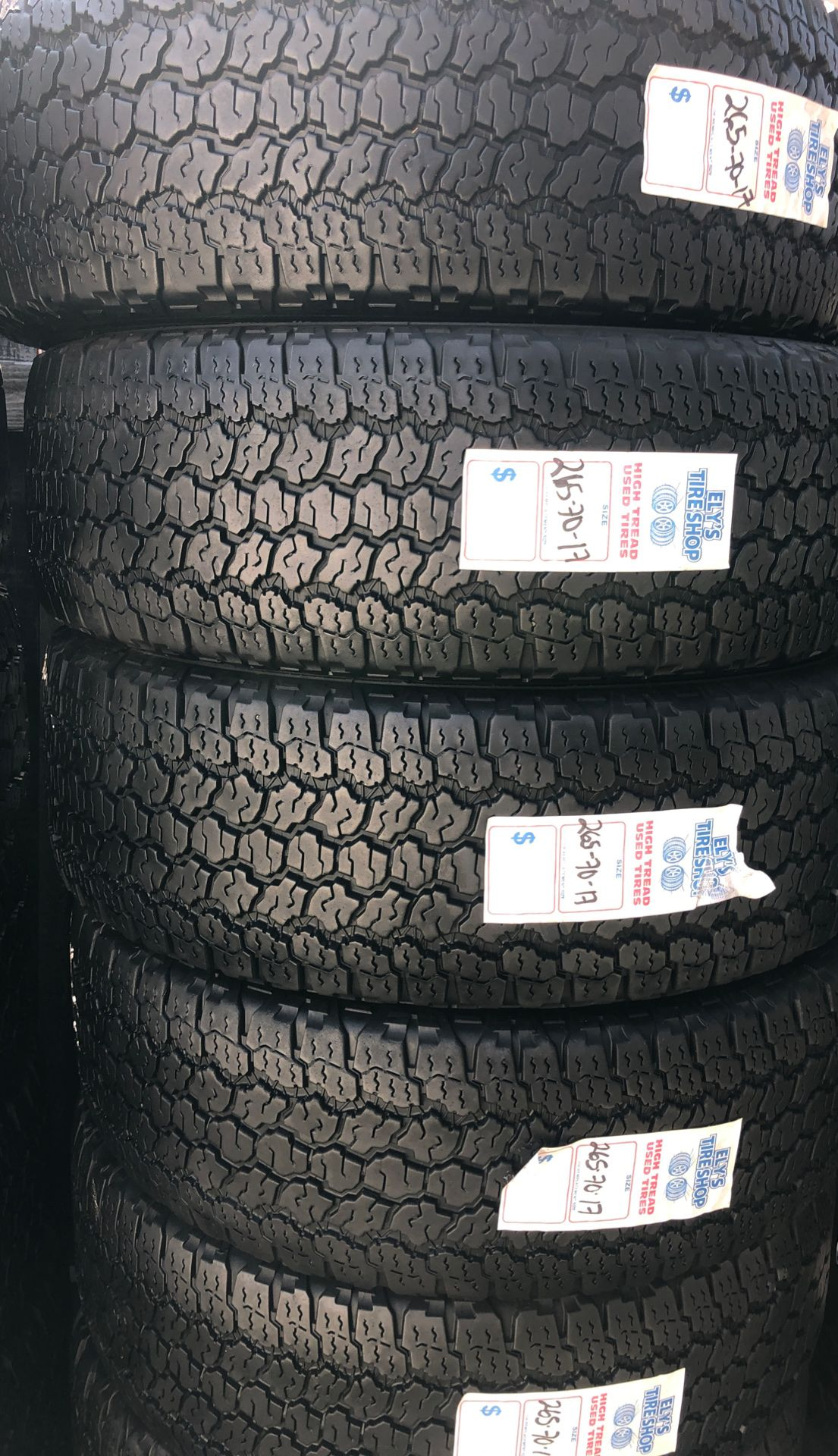 4 tires 265/70r17 Goodyear