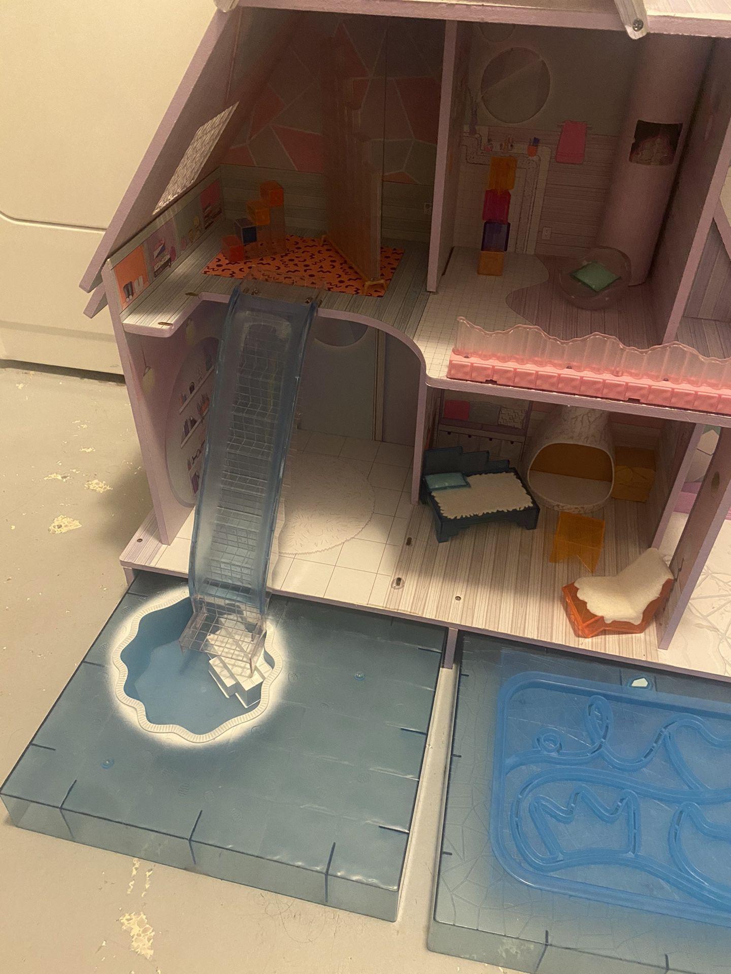 LOL Doll Snow Chalet