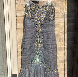 Stunning Formal Dress Thumbnail