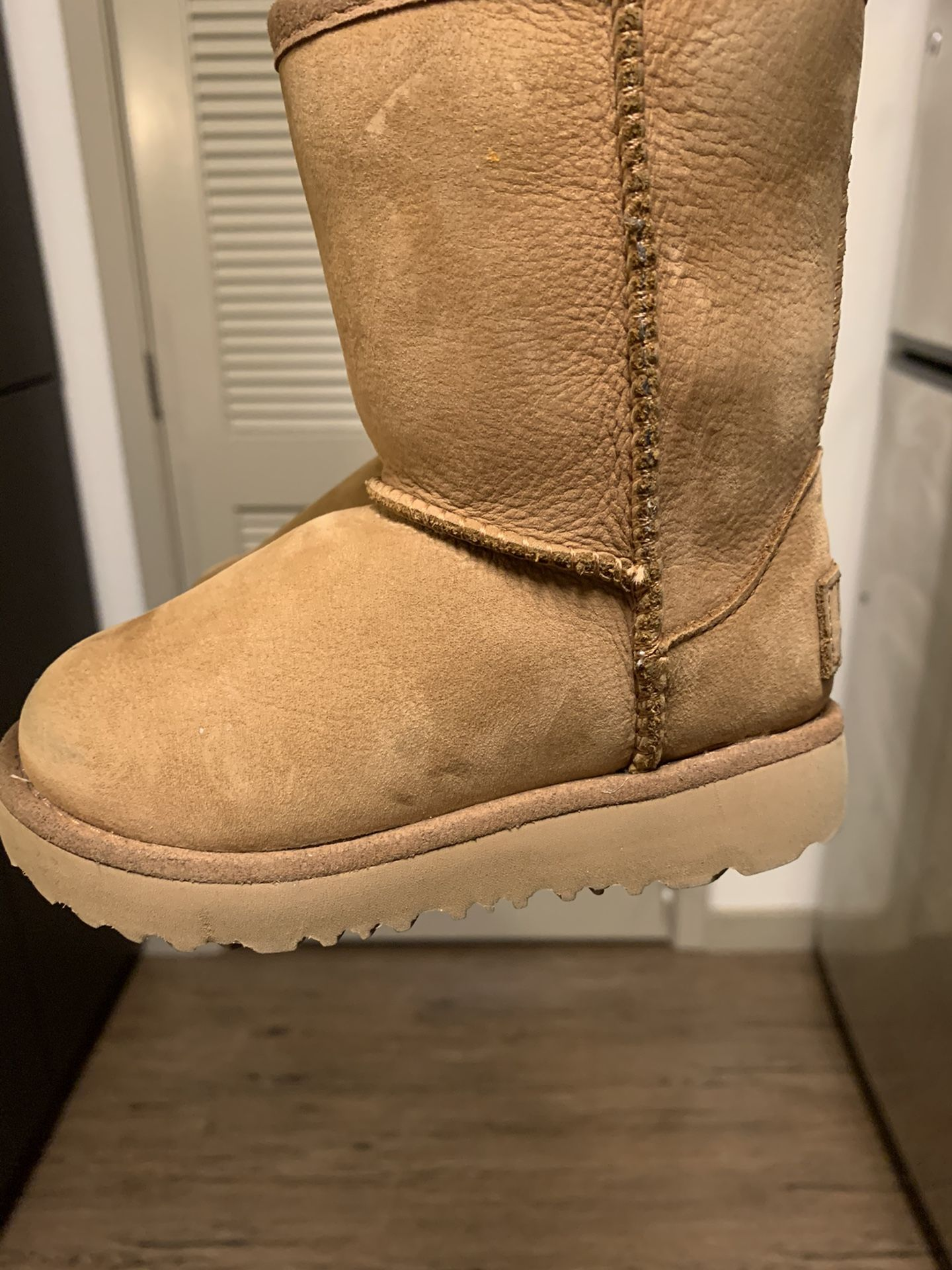 Toddler Ugg boots size 7
