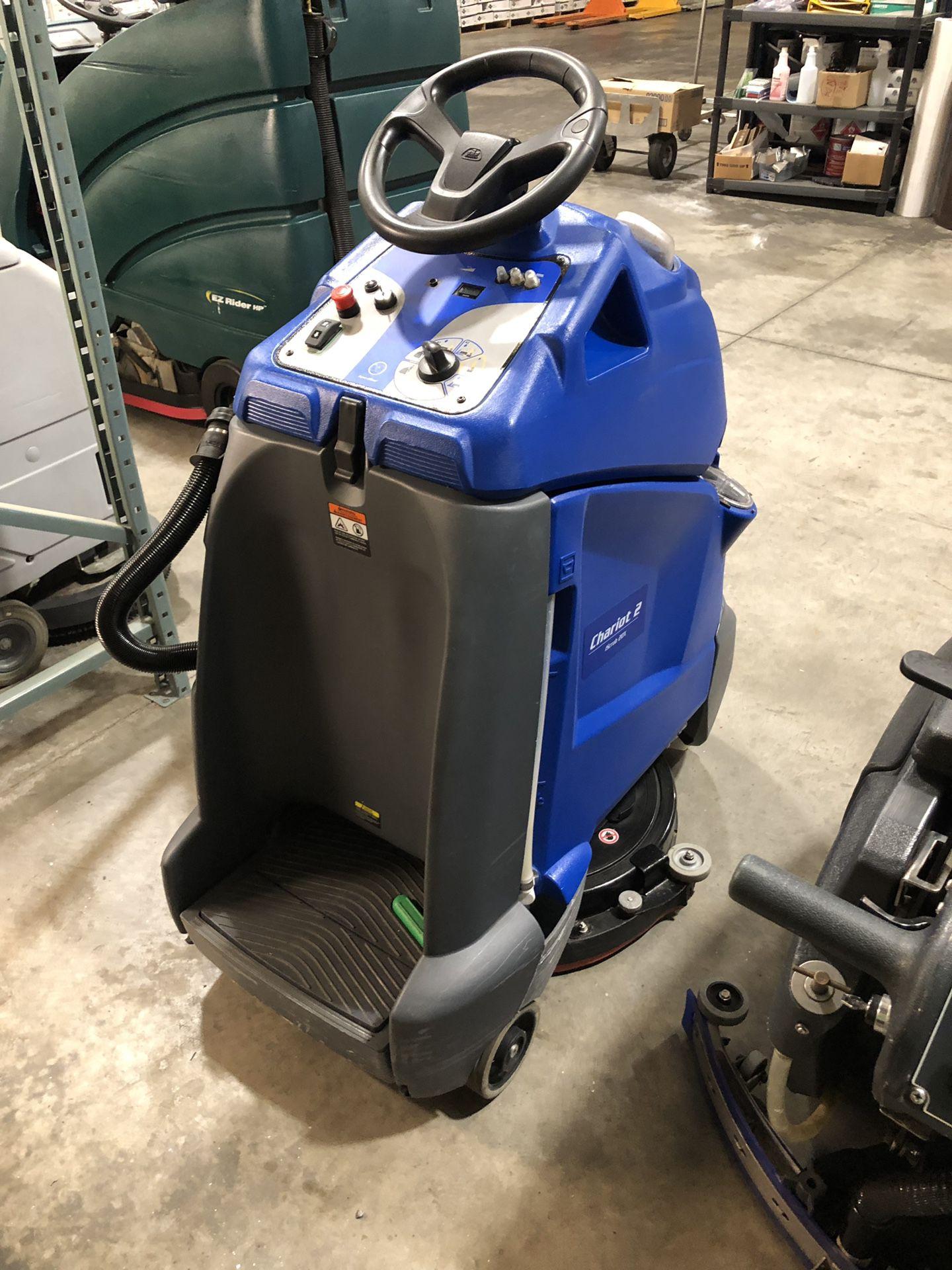 Windsor iScrub 2 20x stand on floor scrubber