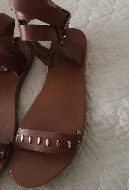 Size 7.5 gladiator sandals