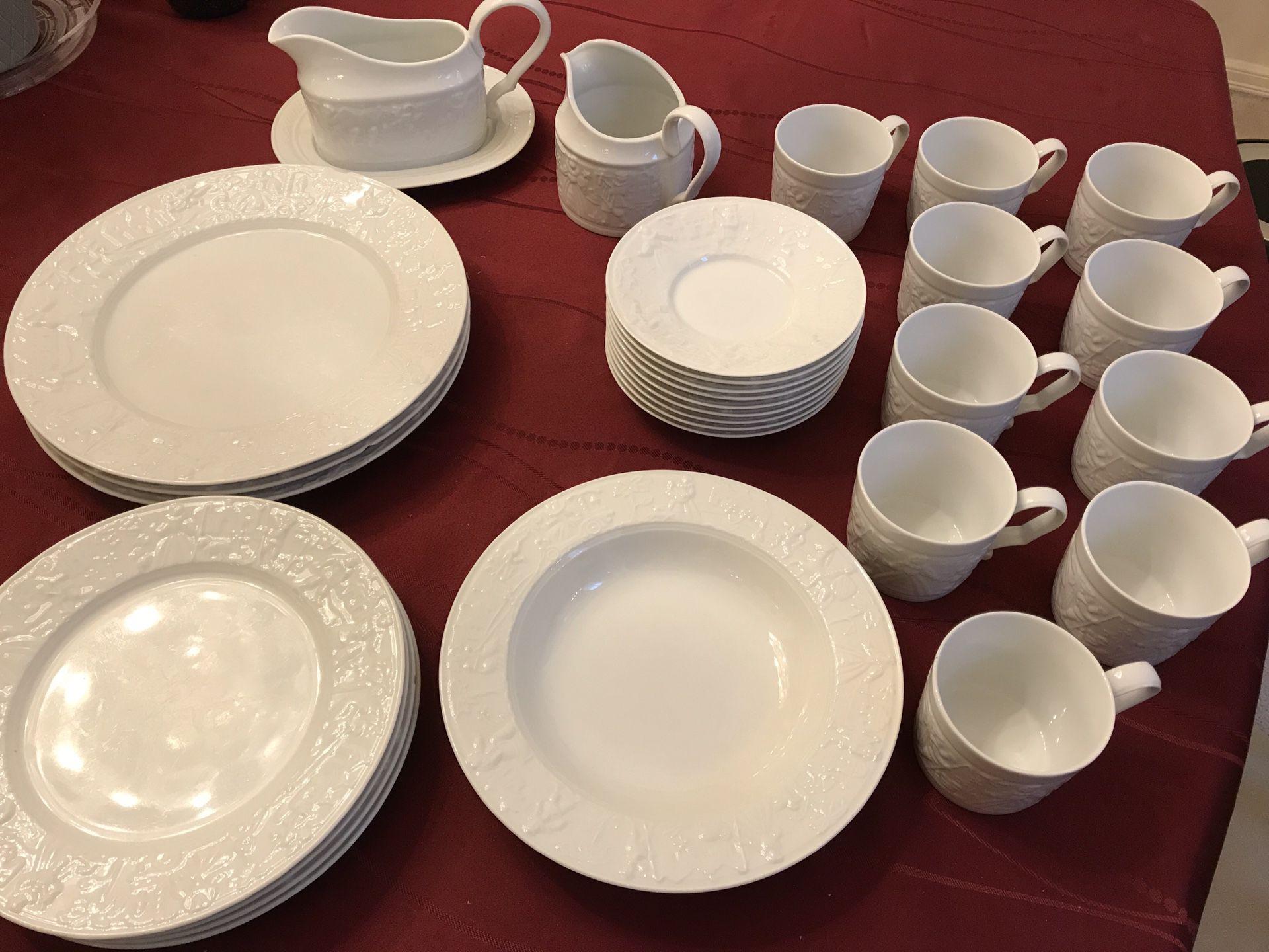 Pfaltzgraff Procession tableware