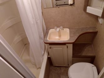 2006 Gulfstream By Gulfbreeze 28ft With Slide Out In Great Condition  Thumbnail
