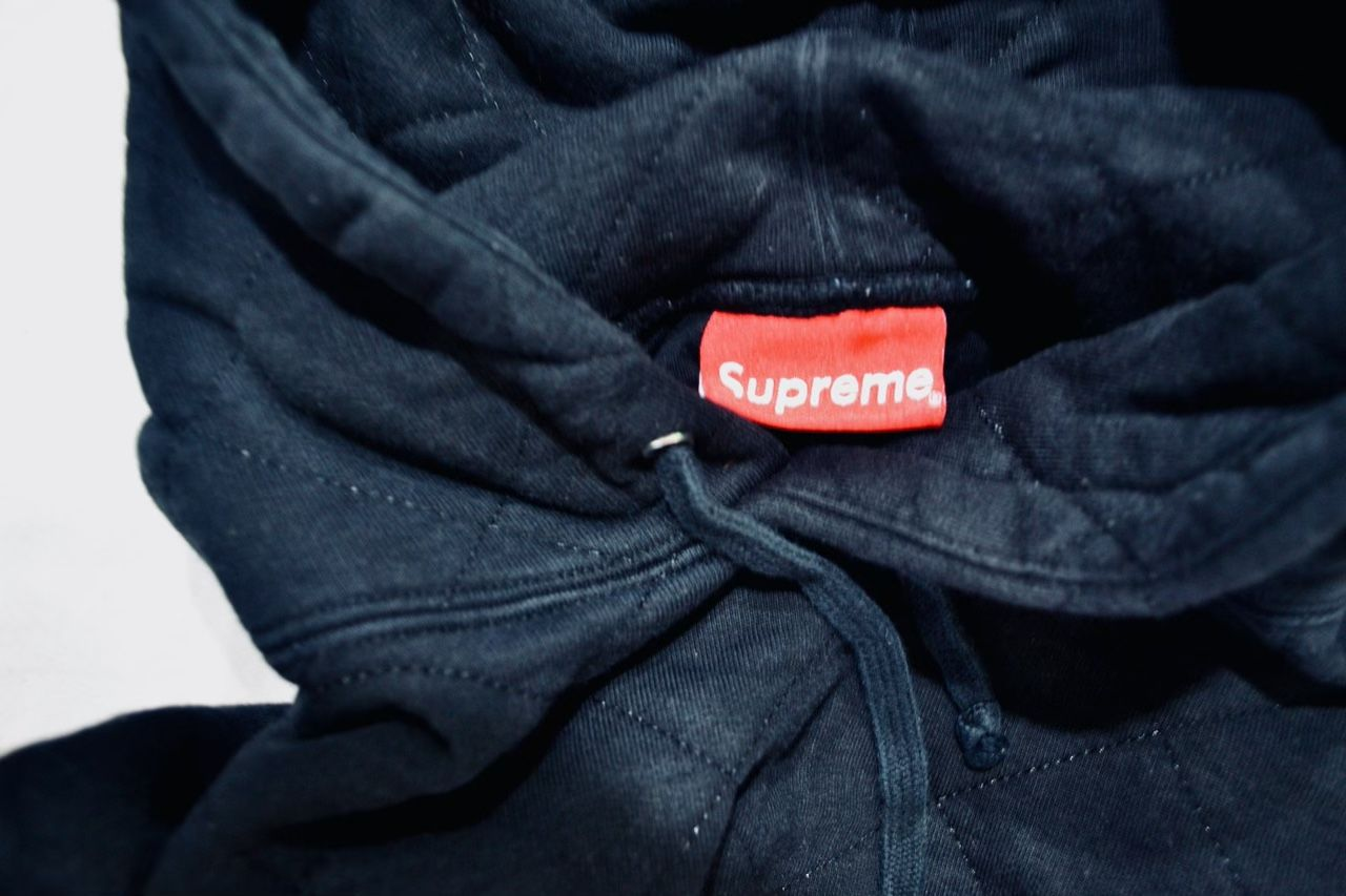 Authentic Supreme Quilted Hoodie Black M