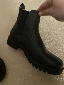 Black Booties For Snow Or Going Out Thumbnail