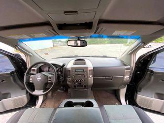 2004 Nissan Titan Thumbnail
