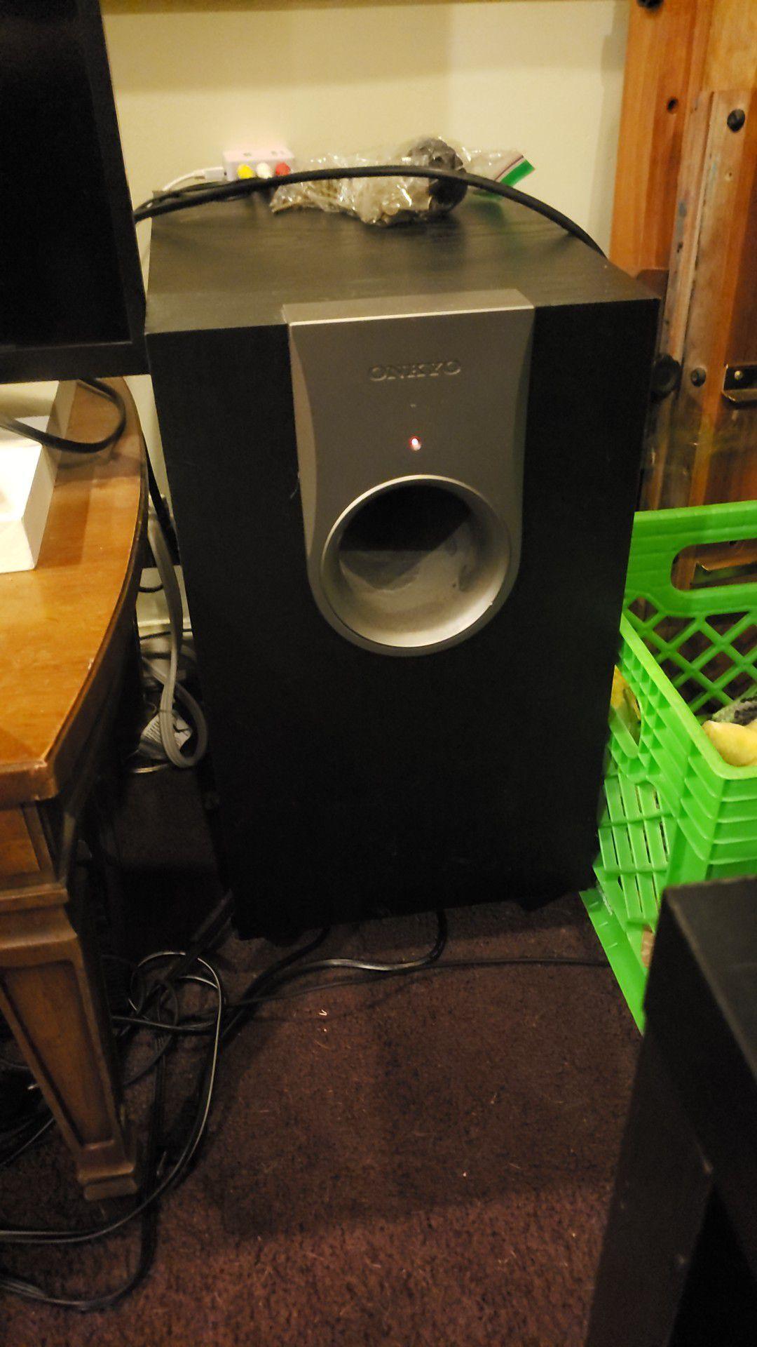 Onkyo speaker set