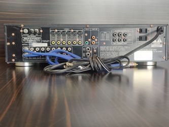 Marantz AV550 Pre Amplifier Tuner Thumbnail