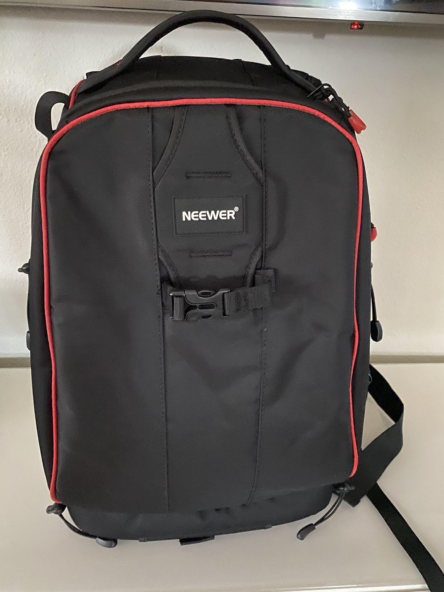DSLR camera backpack Neewer