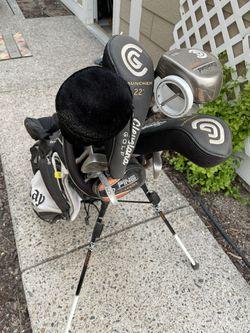 Golf Clubs, Bags, Bag Carrier  Thumbnail
