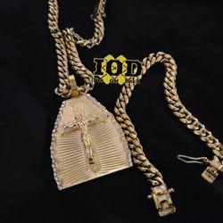 🚨🚨🚨 14k gold plated Cuban link set 🚨🚨🚨 I deliver Thumbnail