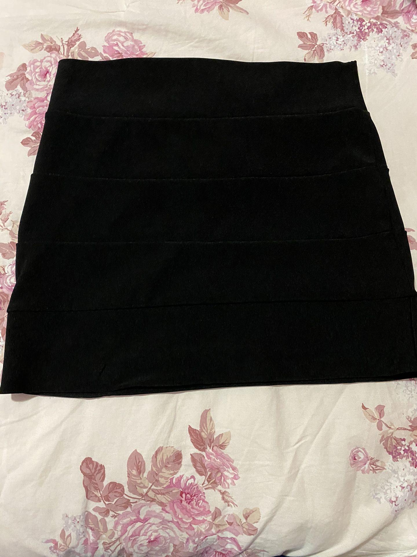 Lightly Worn Black Pencil Skirt $4