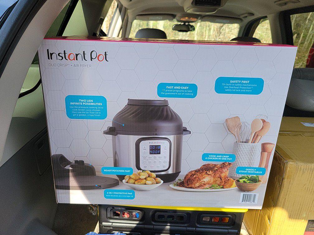 Brand New 11 In 1  Instant Pot Duo Crisp + Air Fryer