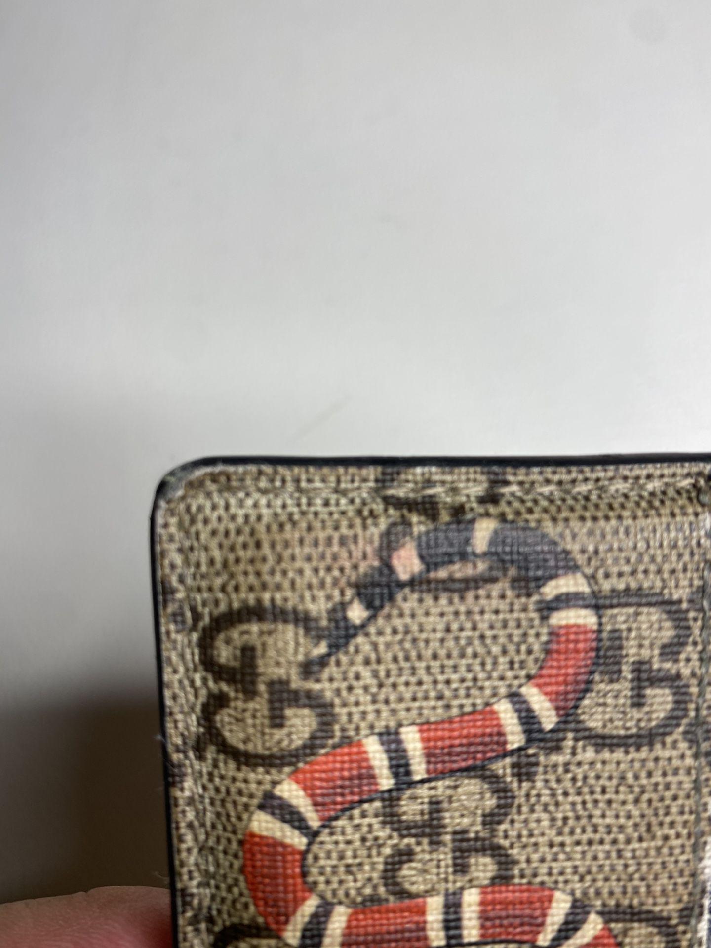 Gucci king snake GG Supreme