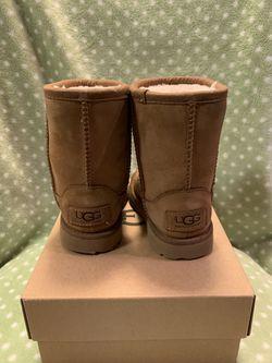 Toddler Ugg boots size 7 Thumbnail
