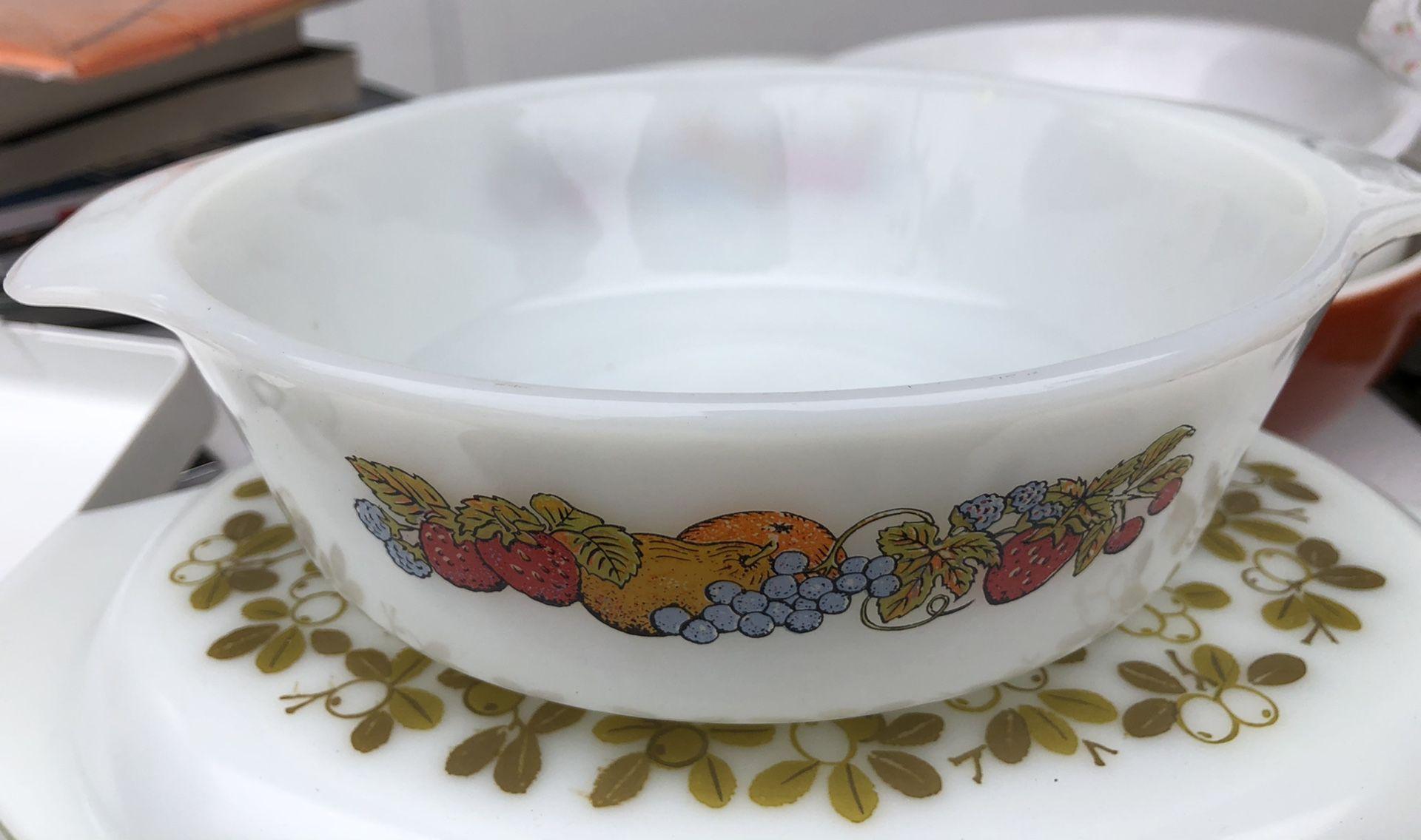Corningware / Pyrex
