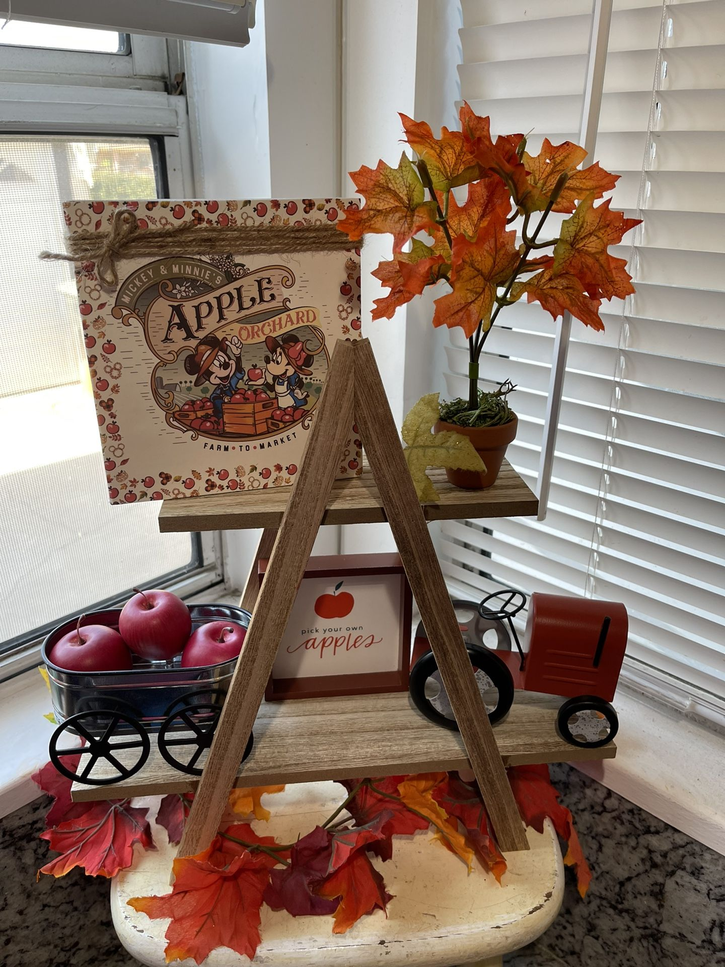 Fall /Mickey Apple Theme Tier Tray -9ct (Including Stand)