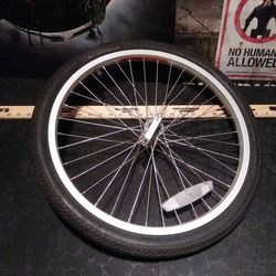 Replacement Rim Set Up For Trailer Thumbnail