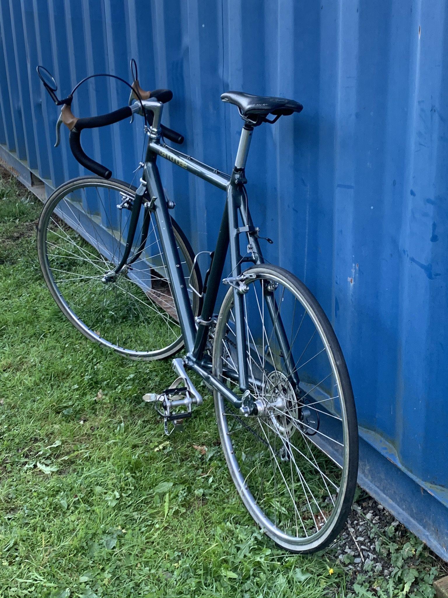 1987 Vintage Cannondale ST800 Road Bike