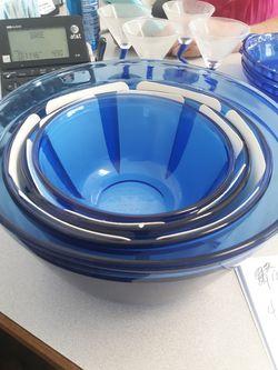 New Vintage 4 Piece Cobalt Blue Pyrex Mixing Bowls Thumbnail