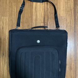 Travelers Club Garment Bag Folding Clothing Carrier  Travelers Club Thumbnail