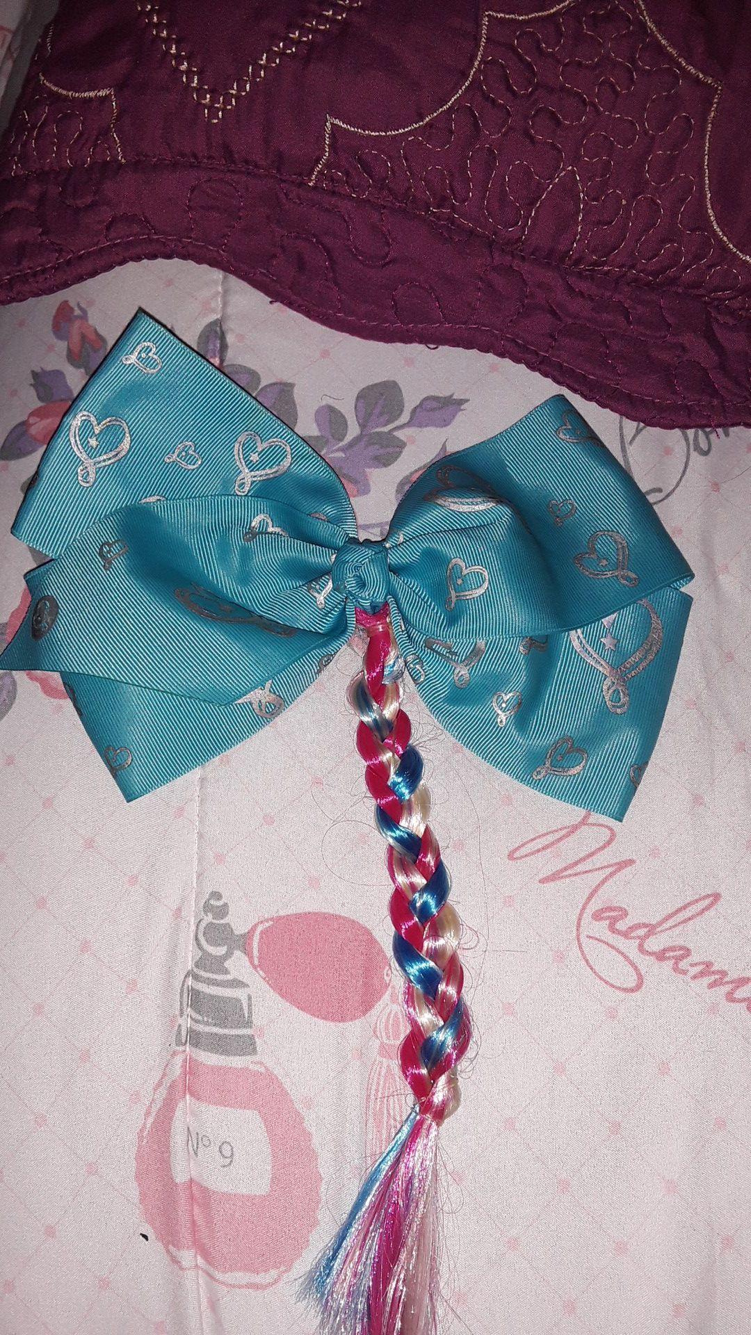 Jojo siwa bow