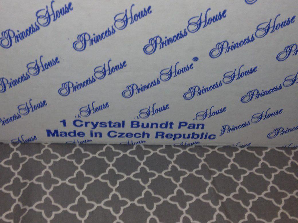 New Princess House Crystal Bundt Pan