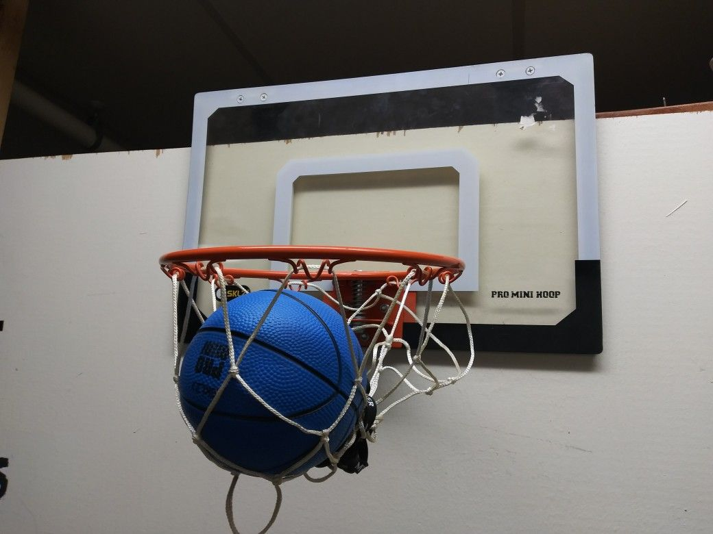 Sklz Indoor Basketball Hoop With Ball