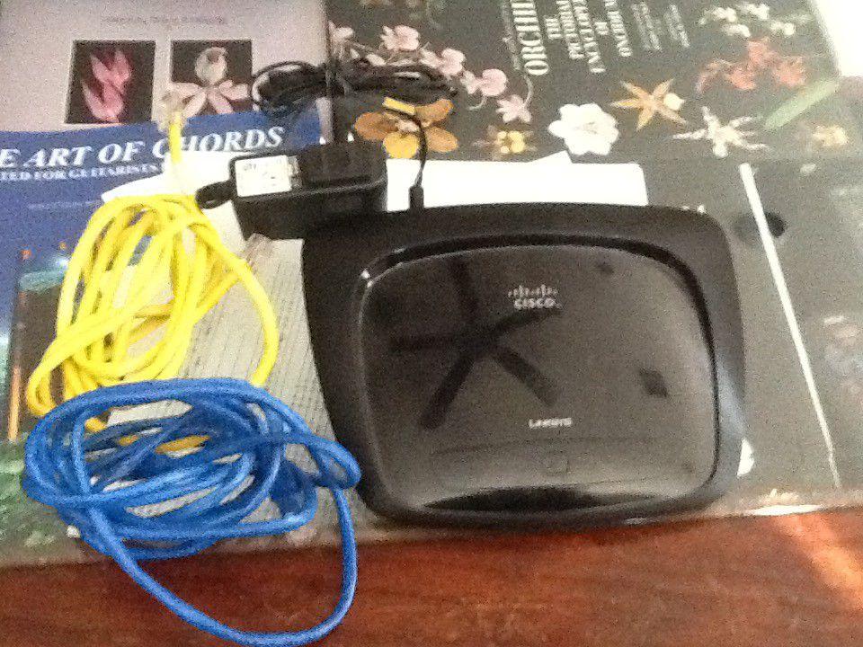 Lynksys Cisco WiFi Router
