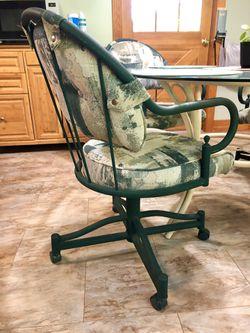 Douglas furniture kitchen / patio table + 4 chairs Thumbnail