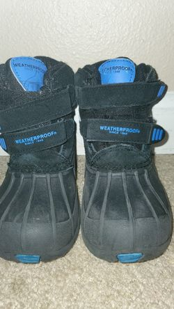 Weatherproof snow boots for toddler boys size 10 Thumbnail