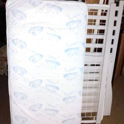 White Crib With Mattress In Very Good Condition Thumbnail