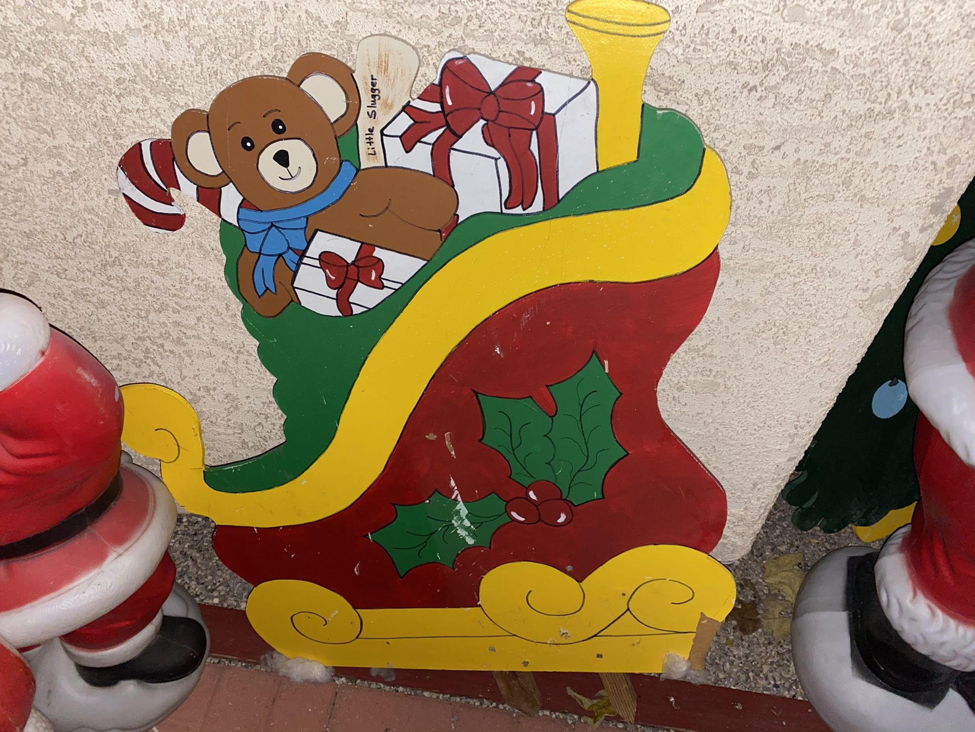 Christmas yard Cut Out Decoration Lot!!