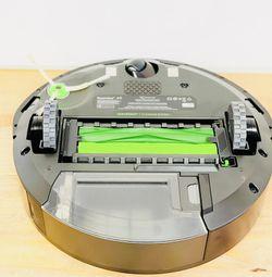 I Roomba E5 Robot Vacuum  Thumbnail